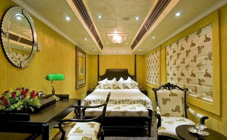 Royal Rajasthan on Wheels Suite Room
